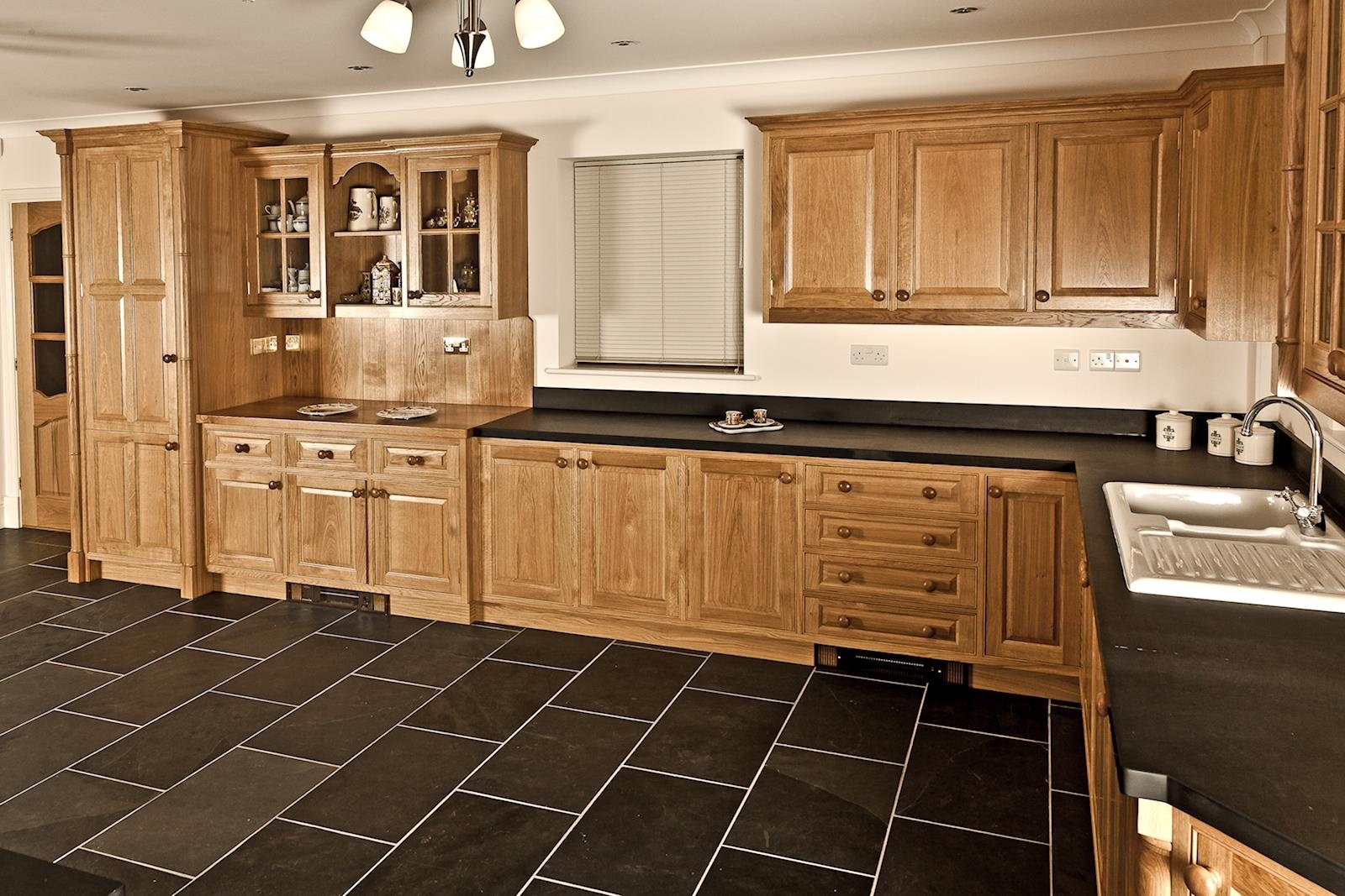 Kitchen-StClears-003.jpg
