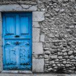 玄関の上がり框は必要?完全フラットな玄関のメリット・デメリット おしゃれで機能的な玄関を考える