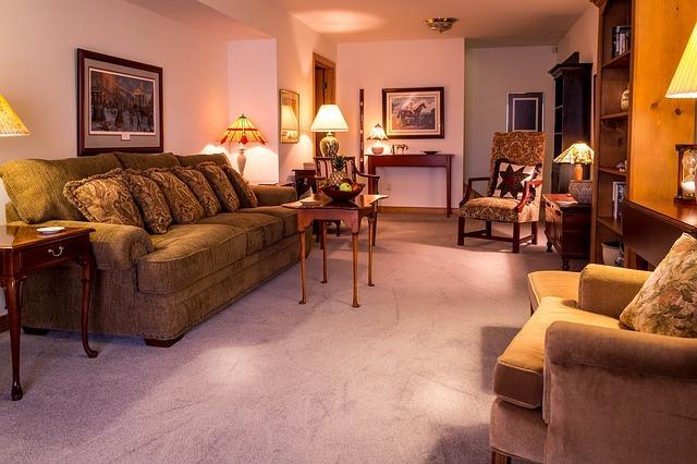 family-room-670270_640.jpg