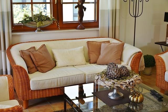 living-room-1476062_640.jpg